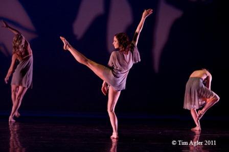 'The Space Between, Before and After', Choreographer: Deborah R. Rosen; Dance Company: Deborah Rosen and Dancers