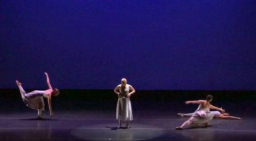 La Danserie in Judy Pisarro-Grant's 'sight unseen'