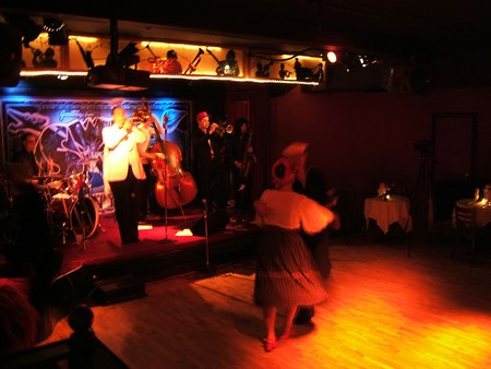 Double Down at Halloween at Swing 46