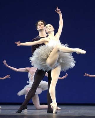 Fall for Dance 2006 - Dutch National Ballet - Symphony in C