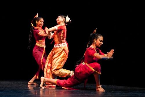 Mithilani Munasingha, Pavithra Reddy, Thaji Dias