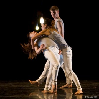 'Holding Pattern' LEVYdance. Choreographer Benjamin Levy in creative partnership with LEVYdance.