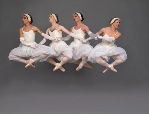 Les Ballets Trockadero de Monte Carlo in 'Swan Lake'