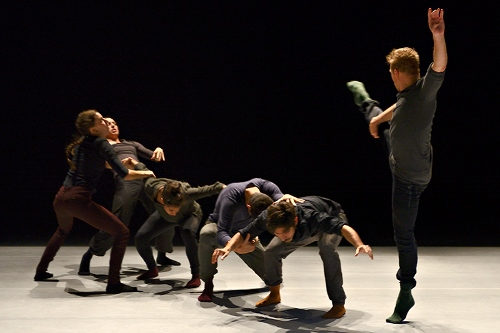 RUBBERBANDance Group in Victor Quijada's'Empirical Quotient.'