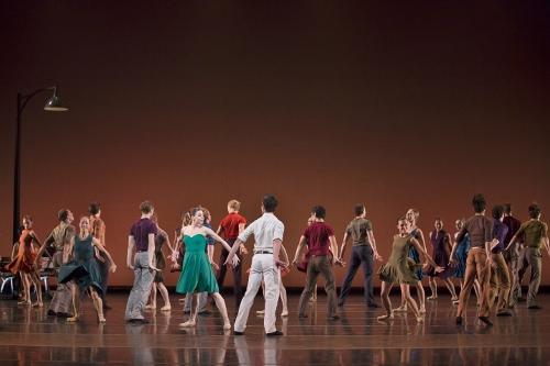 BalletMet dancers in Edwaard Liang's 'Dancing in the Street.'