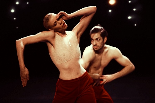 NDT1. Woke up Blind by Marco Goecke. Dancers: Anne Jung and Olivier Coeffard.