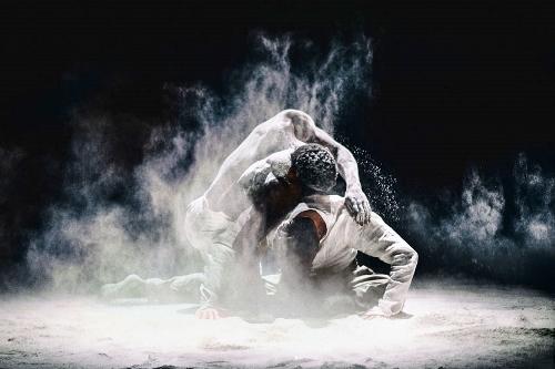 NDT dancers in Lightfoot León's 'Stop-Motion.'