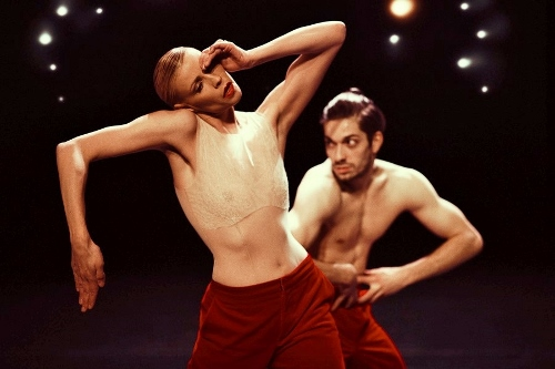 NDT dancers in Marco Goecke's 'Woke up Blind.'