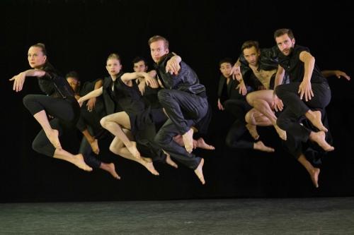 Limon Dance Company in Colin Connor's 'Corvidae.'