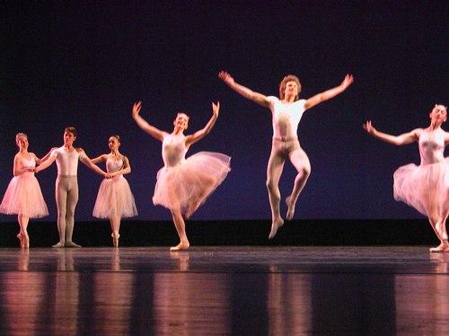 <a href='article.htm?id=1805'>Raymonda</a> Choreography: Daniel Baudentistel