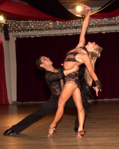 Jose DeCamps & Joanna Zacharewicz - Rumba