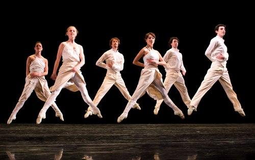 Hubbard Street Dance Chicago dances Tharp's Baker's Dozen