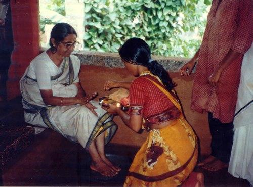 Honouring a great teacher of Abhinaya - 'mime' - Kalanidhi Narayanan