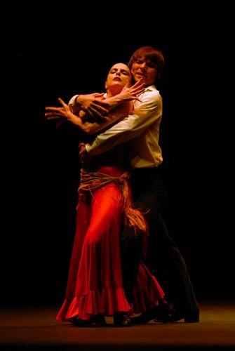 Stella Arauzo and Adrian Galia in Antonio Gades Company's 'Carmen'