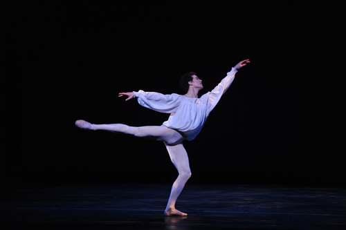 Cory Stearns in 'Romeo and Juliet' Mr. Stearns previously competed in the Youth America Grand Prix, joined ABT II and went on to become a soloist in ABT.
