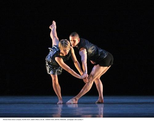 Richard Alston's 'Blow Over' Dancers: Hannah Kidd, Wayne Parsons