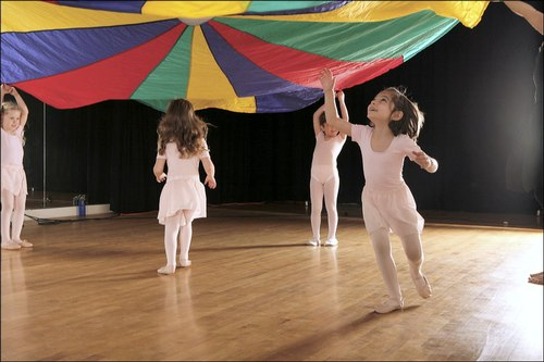 Kids with Parachute