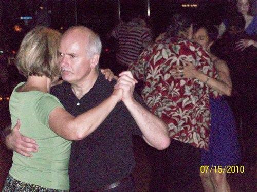 Couples at the Hawaiian theme night of Tango de Luna